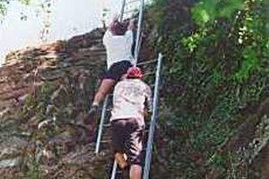 Klettersteig Mosel : Landhaus kuntz an der mosel calmont klettersteig